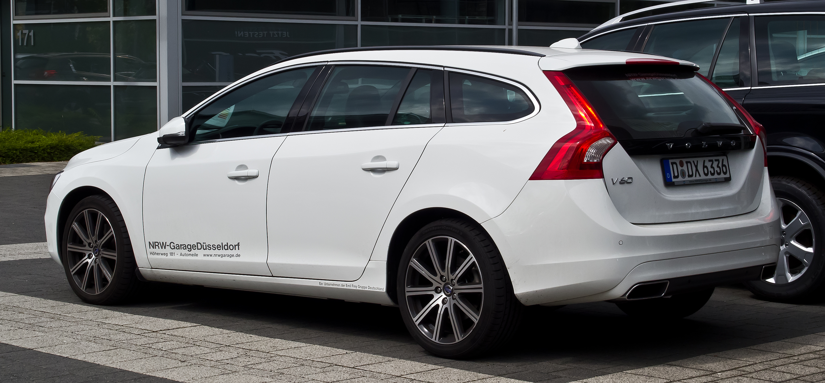 2013 volvo v60 f pictures information and specs. Black Bedroom Furniture Sets. Home Design Ideas