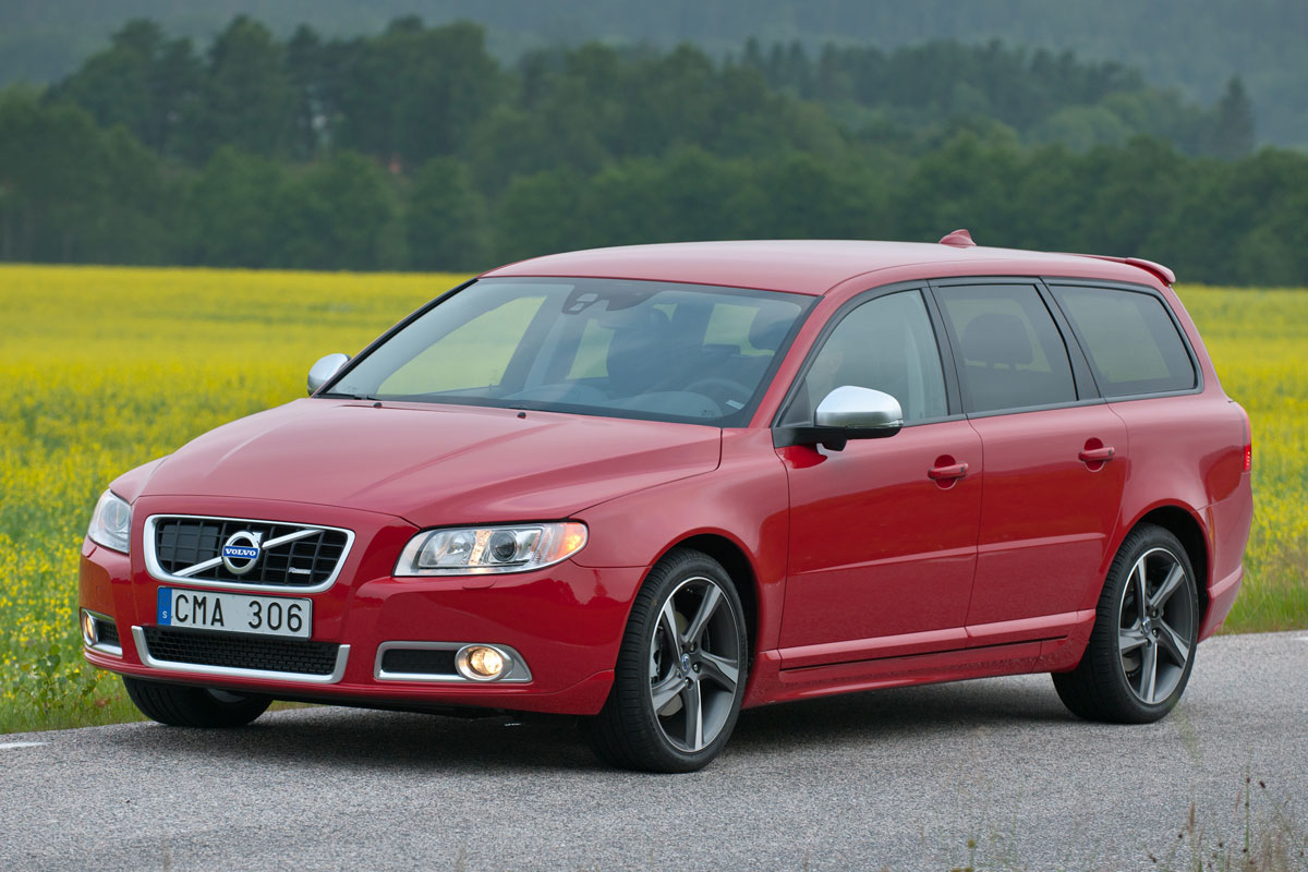 2011 volvo v70 iii pictures information and specs. Black Bedroom Furniture Sets. Home Design Ideas