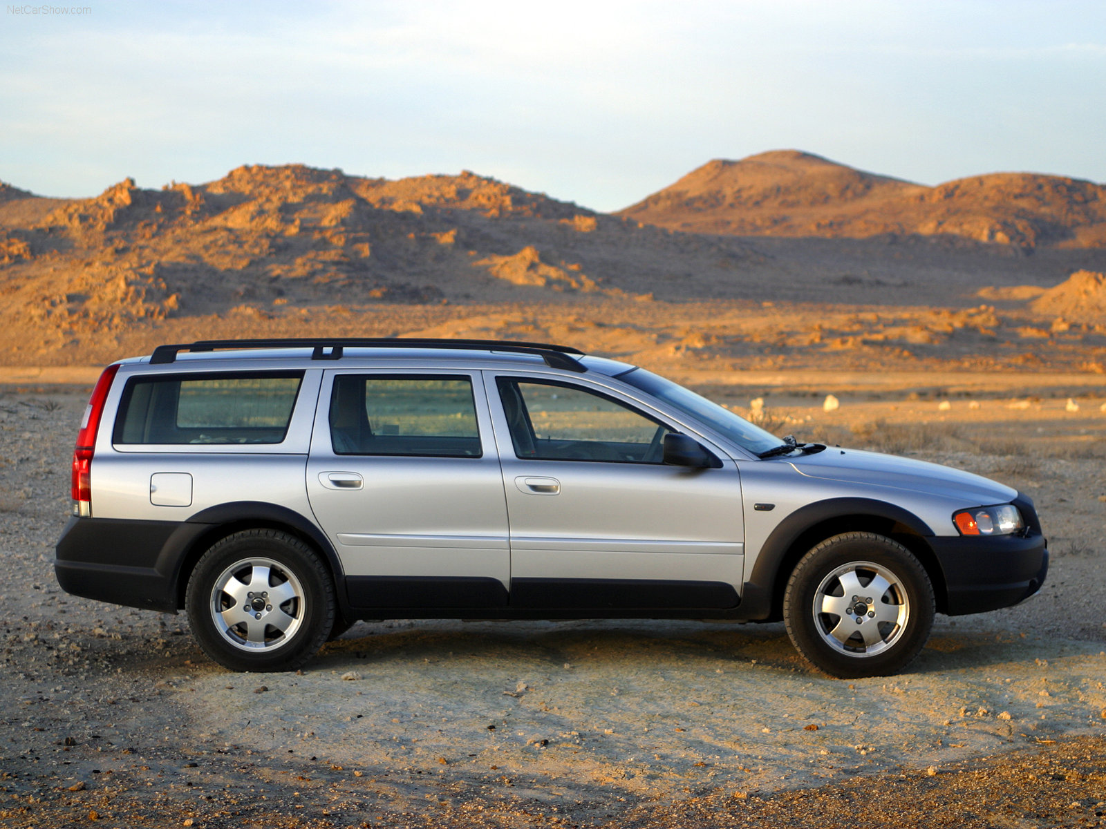 volvo xc70 ii 2006 wallpaper